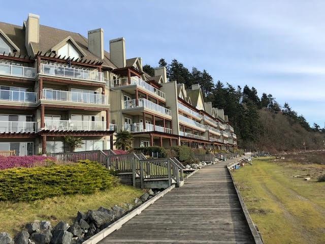 1120 Tsatsu Shores Drive #222, Delta, BC V4M 4G3 (#R2342158) :: Vancouver Real Estate