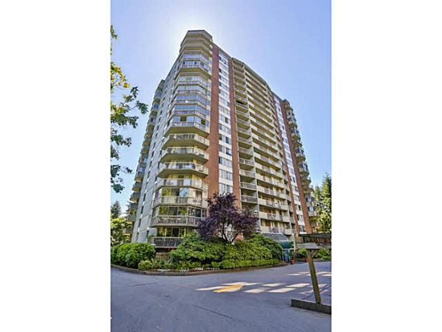 2024 Fullerton Avenue #405, North Vancouver, BC V7P 3G4 (#R2346699) :: TeamW Realty