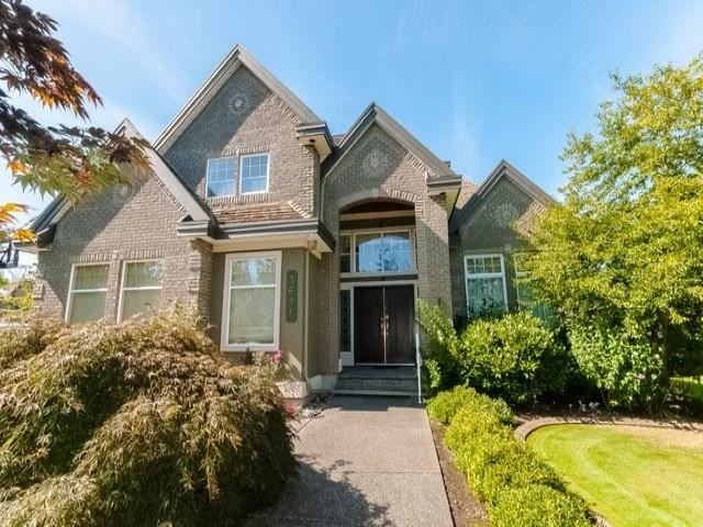 3681 Somerset Crescent, Surrey, BC V3Z 0H9 (#R2351317) :: Premiere Property Marketing Team