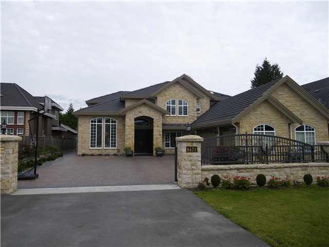 8471 Pigott Road, Richmond, BC V7A 2C3 (#R2369488) :: Vancouver Real Estate