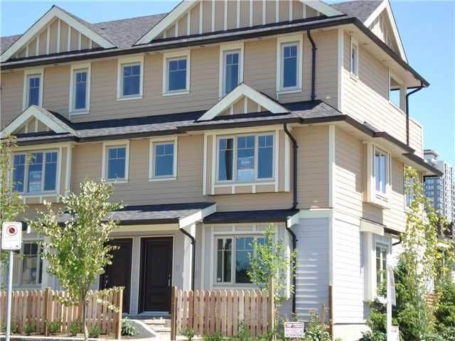 7012 Griffiths Avenue, Burnaby, BC V5E 0B2 (#R2403402) :: RE/MAX City Realty