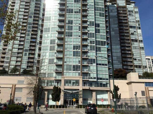 2975 Atlantic Avenue #2108, Coquitlam, BC V3B 0C5 (#R2413428) :: Macdonald Realty