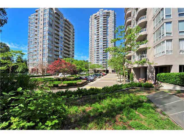 9603 Manchester Drive #1103, Burnaby, BC V3N 4Y7 (#R2419445) :: RE/MAX City Realty