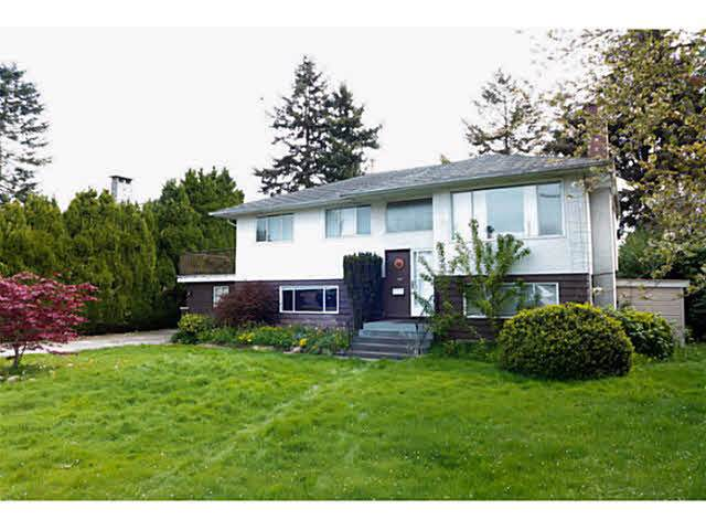 10671 Aintree Crescent, Richmond, BC V7A 3V2 (#R2423112) :: RE/MAX City Realty