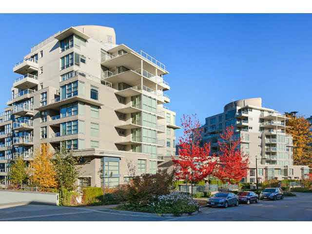 9232 University Crescent #308, Burnaby, BC V5A 0A1 (#R2428427) :: RE/MAX City Realty