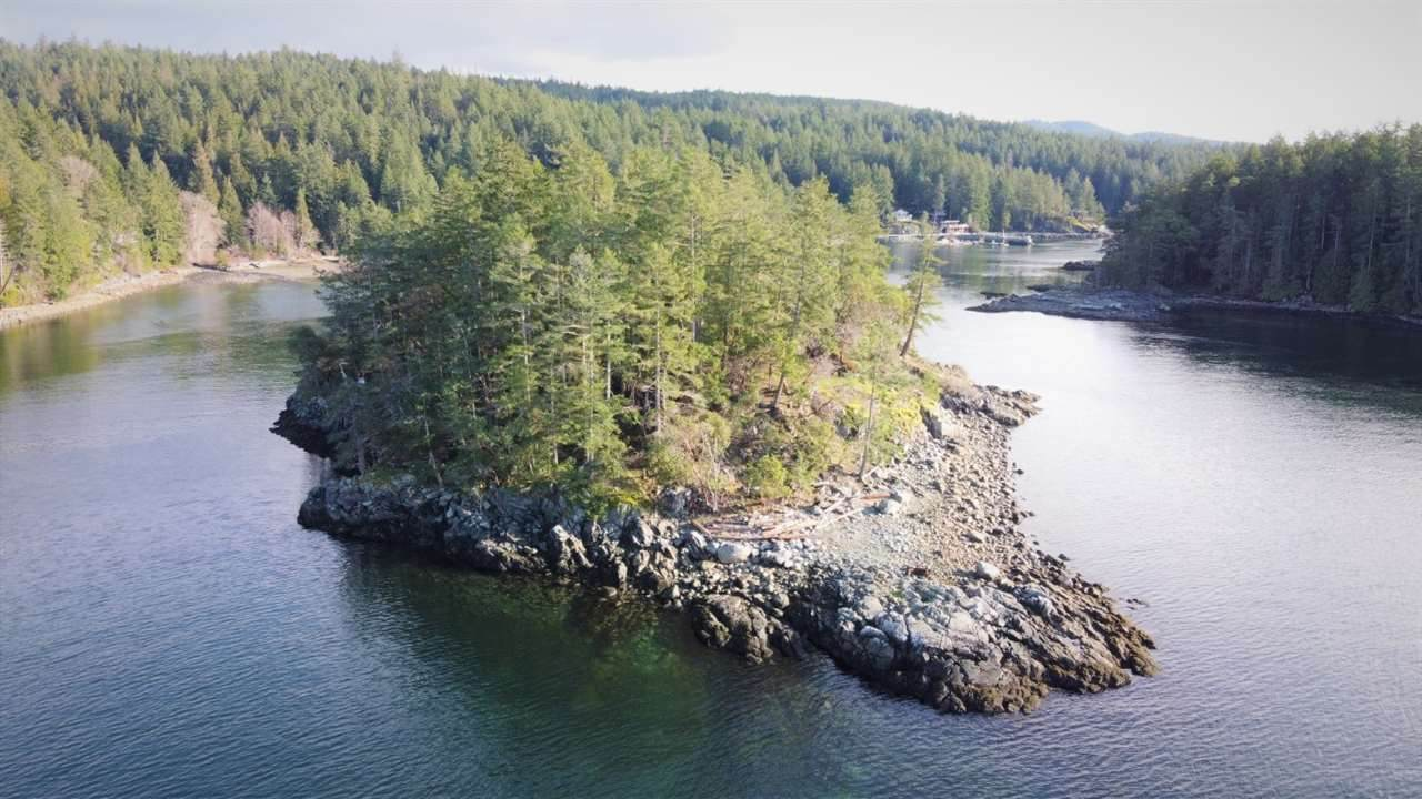 Hurren Island - Photo 1