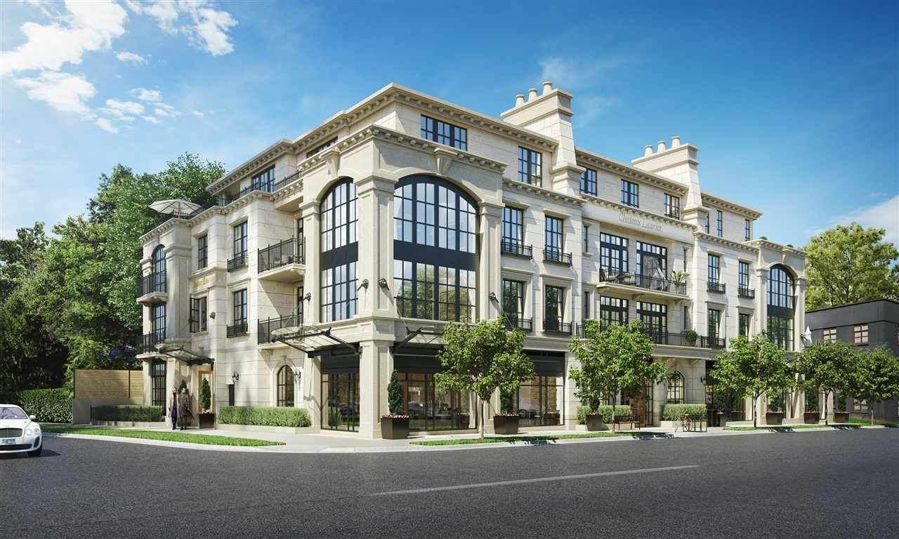 1009 Laurier Avenue - Photo 1