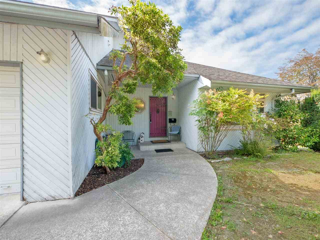 5223 Yacht Road - Photo 1