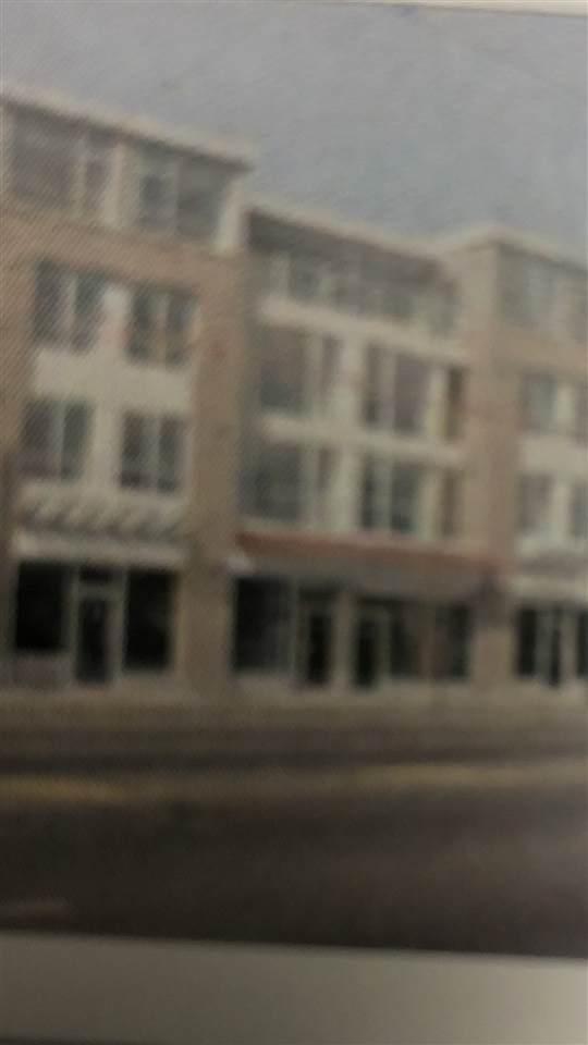 5555 Victoria Drive #303, Vancouver, BC V5P 4Y3 (#R2503447) :: Ben D'Ovidio Personal Real Estate Corporation | Sutton Centre Realty