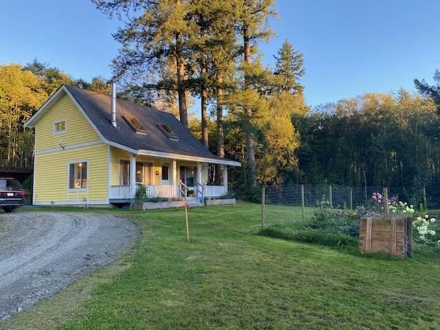 4498 Bench Road, Chilliwack, BC V4Z 1G1 (#R2505164) :: 604 Home Group