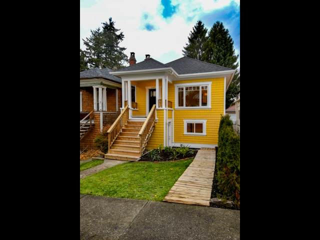 1147 E 22ND Avenue, Vancouver, BC V5V 1W5 (#R2507649) :: Homes Fraser Valley