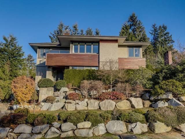 1141 Lawson Avenue, West Vancouver, BC V7T 2E4 (#R2511788) :: 604 Home Group