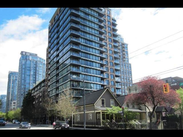 1088 Richards Street #717, Vancouver, BC V6B 0J8 (#R2512160) :: Initia Real Estate