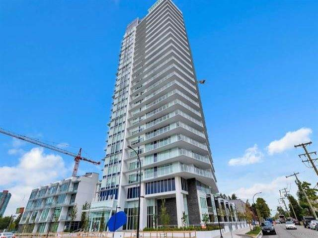 5051 Imperial Street #802, Burnaby, BC V5J 0J3 (#R2512721) :: Initia Real Estate