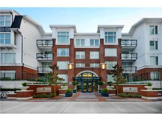 9399 Odlin Road #305, Richmond, BC V6X 0J6 (#R2513018) :: 604 Home Group