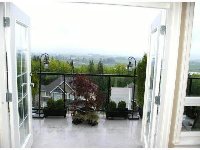 36412 Carnarvon Court, Abbotsford, BC V3G 3G4 (#R2520469) :: Premiere Property Marketing Team