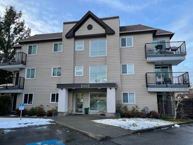 40120 Willow Crescent B109, Squamish, BC V8B 0L7 (#R2539699) :: Macdonald Realty