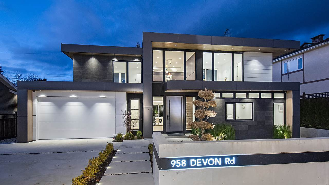 958 Devon Road - Photo 1