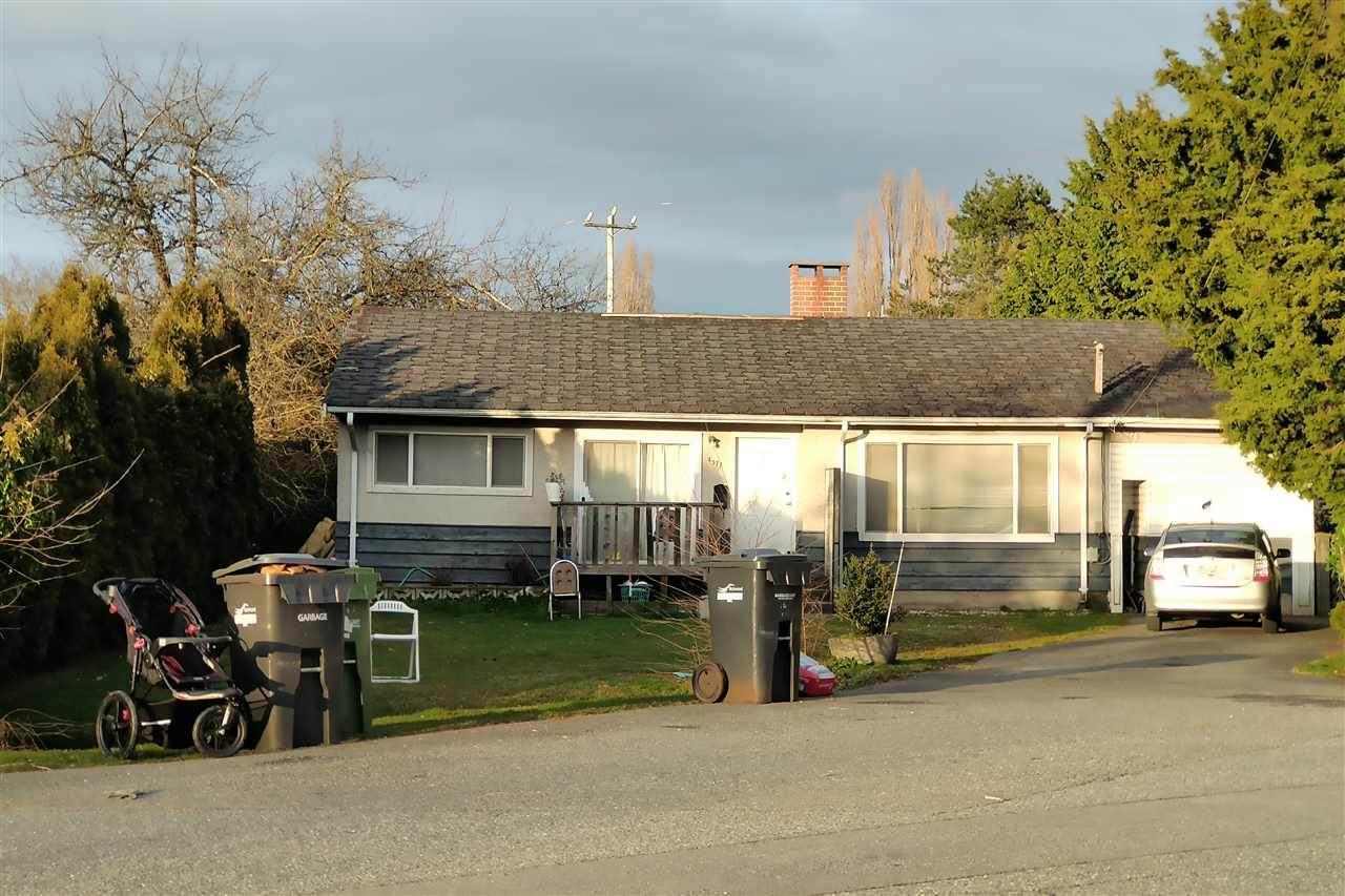 4371 Sorenson Crescent - Photo 1