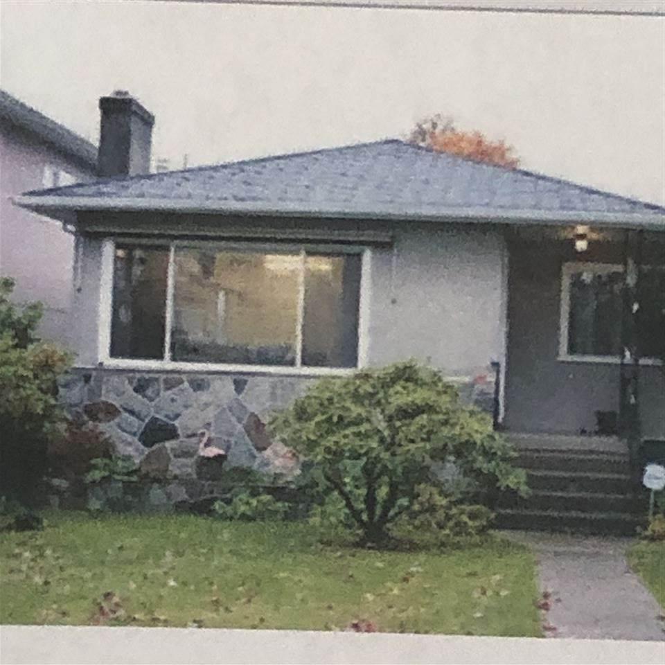 2881 Nanaimo Street - Photo 1