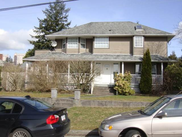 418 Guilby Street - Photo 1