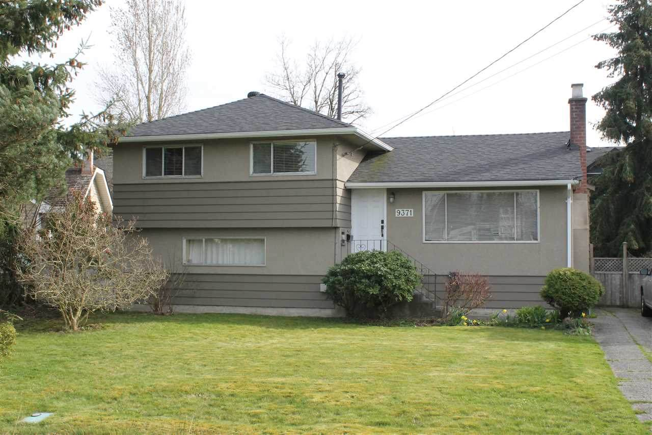 9371 Pinewell Crescent - Photo 1