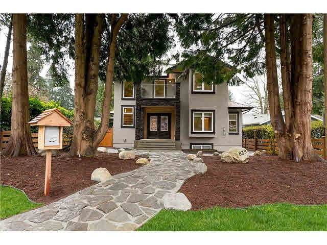 839 W 20TH Street, North Vancouver, BC V7P 2B5 (#R2563499) :: 604 Realty Group