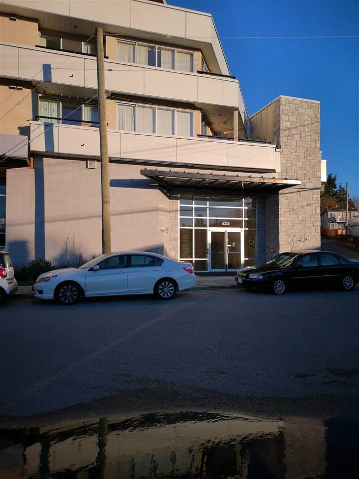 4338 Commercial Street - Photo 1