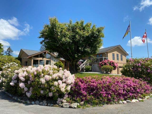 25129 30 Avenue, Langley, BC V4W 1X8 (#R2593291) :: Initia Real Estate