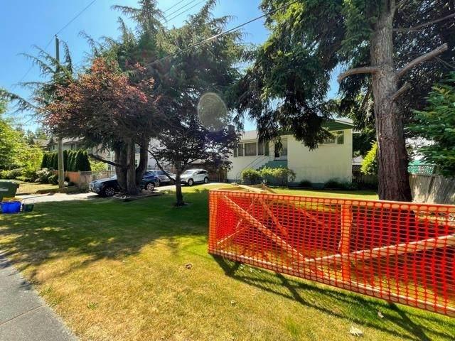 6580 Granville Avenue, Richmond, BC V7C 1G1 (#R2596689) :: Initia Real Estate