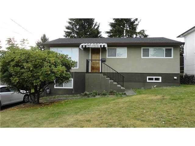 1725 Holdom Avenue, Burnaby, BC V5B 3V7 (#R2597133) :: Initia Real Estate