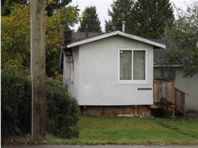 7843 10TH Avenue, Burnaby, BC V3N 2S2 (#R2599595) :: Initia Real Estate