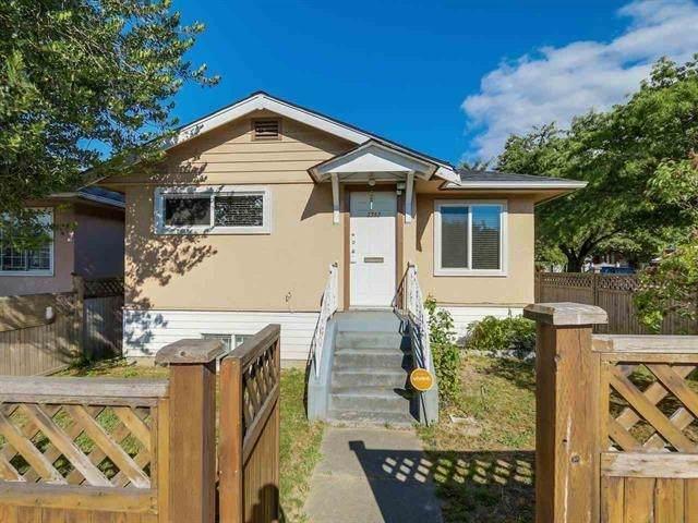 3592 Knight Street, Vancouver, BC V5N 3L2 (#R2602203) :: Premiere Property Marketing Team