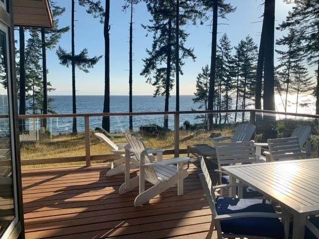 1784 W Sticks Allison Road, Galiano Island, BC V0N 1P0 (#R2604328) :: Premiere Property Marketing Team