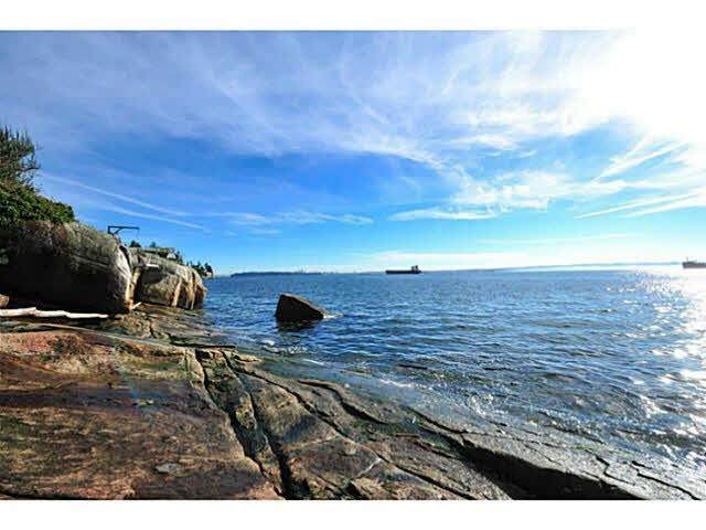 4778 Marine Drive, West Vancouver, BC V7W 2P2 (#R2611343) :: 604 Home Group
