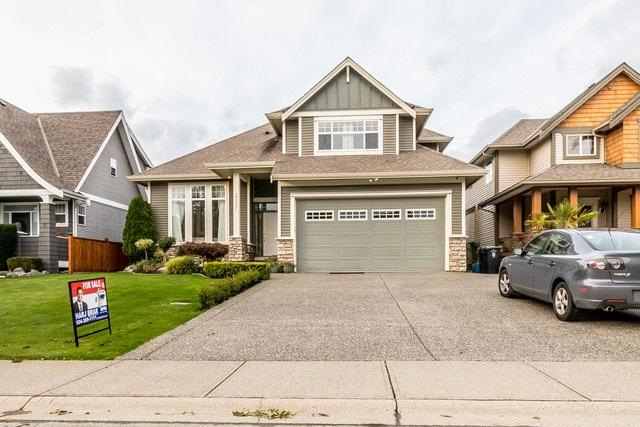 27357 34TH Avenue, Langley, BC V4W 4A6 (#R2214786) :: Titan Real Estate - Re/Max Little Oak Realty