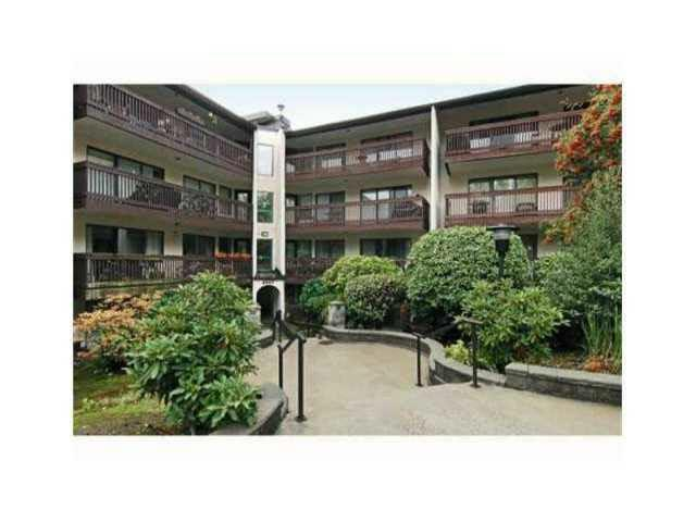 9847 Manchester Drive #227, Burnaby, BC V3N 4P4 (#R2224116) :: West One Real Estate Team