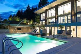 4216 Rockridge Crescent, West Vancouver, BC V7W 1B1 (#R2227704) :: Re/Max Select Realty