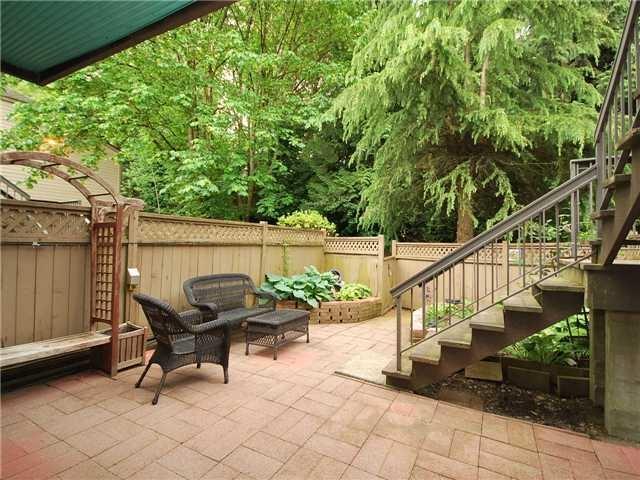 6894 Beechcliffe Drive, Burnaby, BC V5B 4R3 (#R2281898) :: Simon King Real Estate Group
