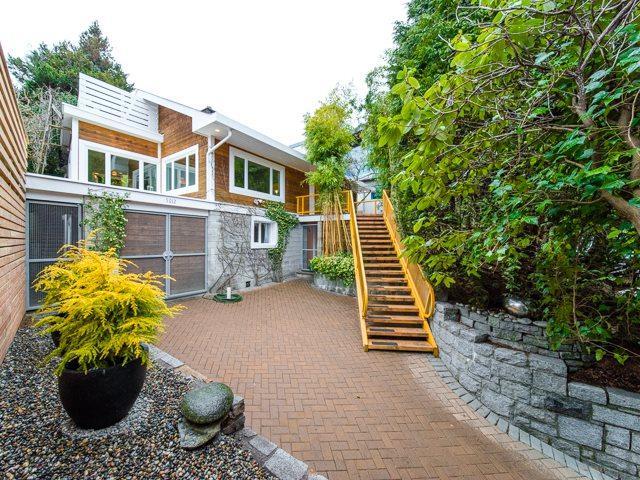 5012 Arbutus Street, Vancouver, BC V6M 3W2 (#R2347845) :: TeamW Realty