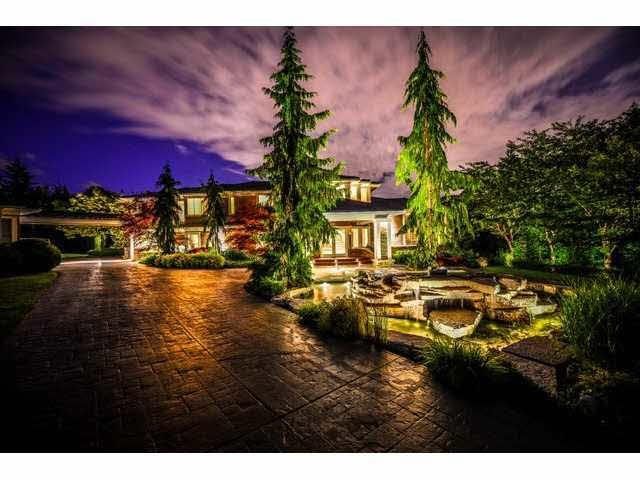 1404 Charlotte Crescent, Anmore, BC V3H 4W5 (#R2373073) :: Royal LePage West Real Estate Services