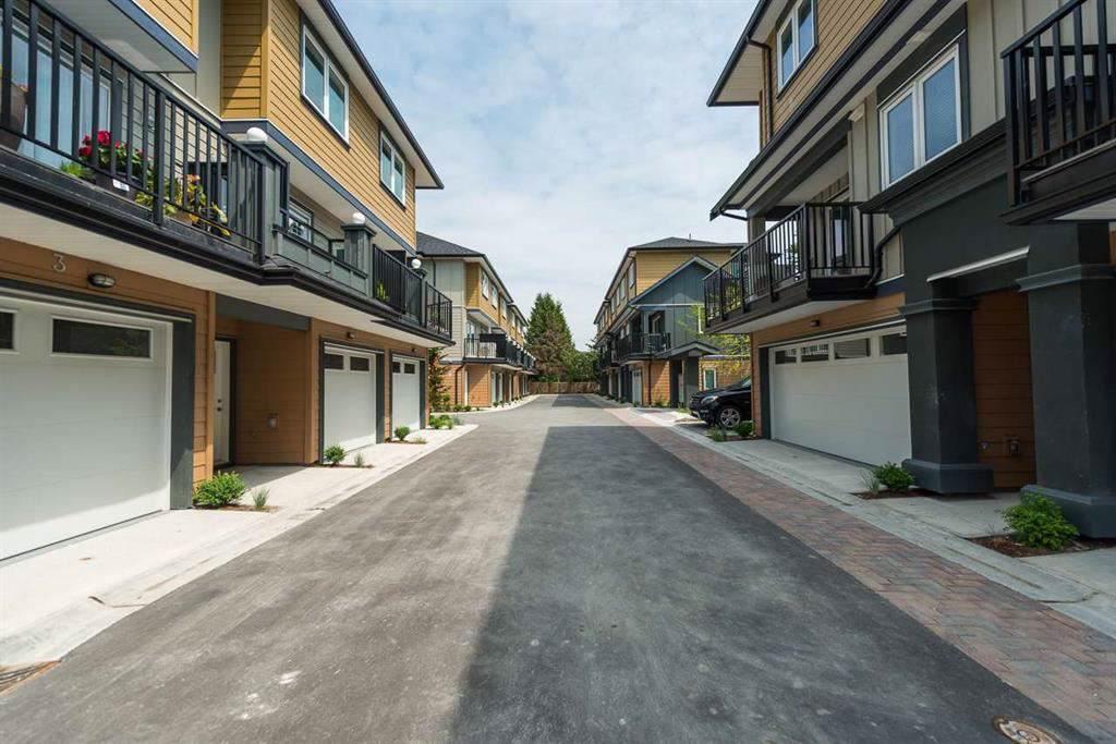 9800 Granville Avenue - Photo 1