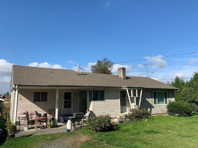9591 Gibson Road, Chilliwack, BC V2P 6H4 (#R2505165) :: 604 Home Group