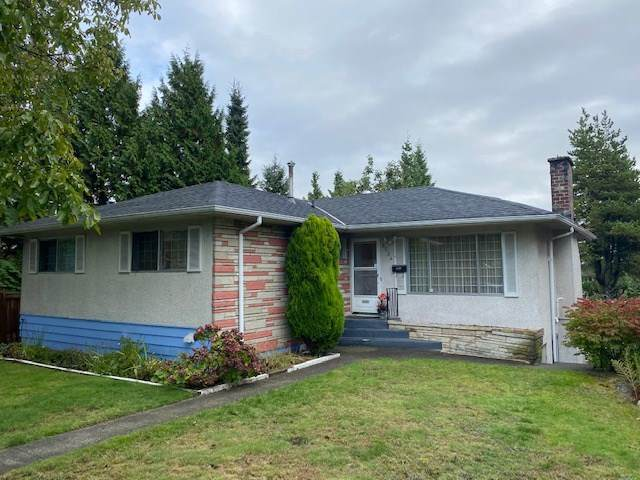 8234 11TH Avenue, Burnaby, BC V3N 2P2 (#R2509023) :: Initia Real Estate