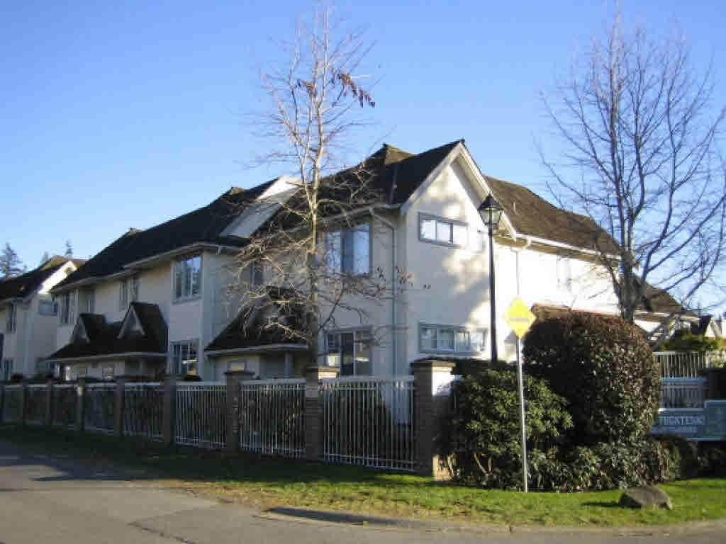 6501 Chambord Place - Photo 1