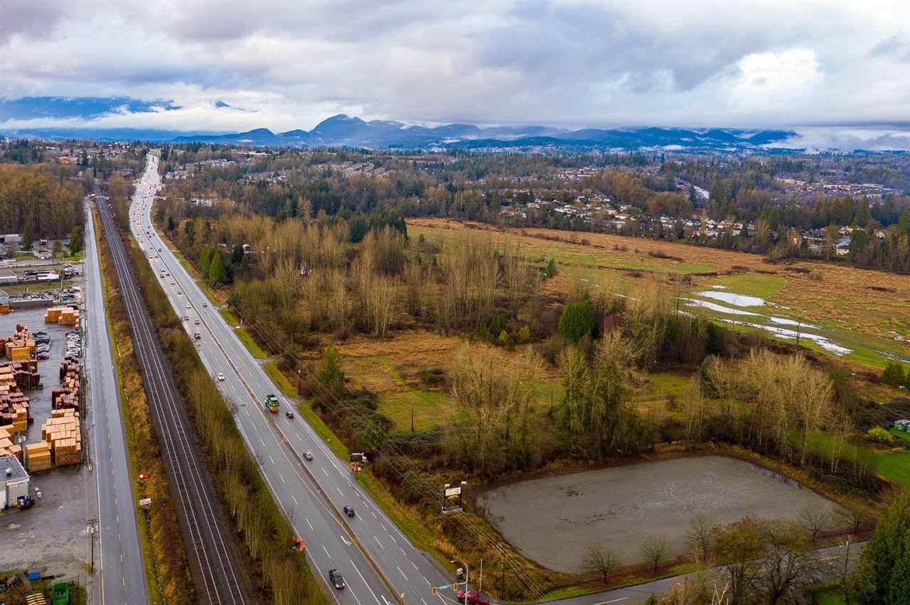 23397 Lougheed Highway - Photo 1