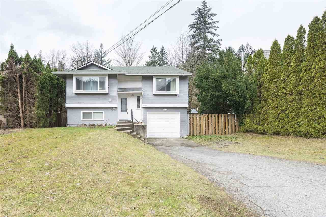 21091 Lakeview Crescent - Photo 1