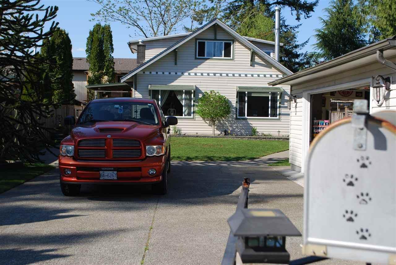 21201 Wicklund Avenue - Photo 1