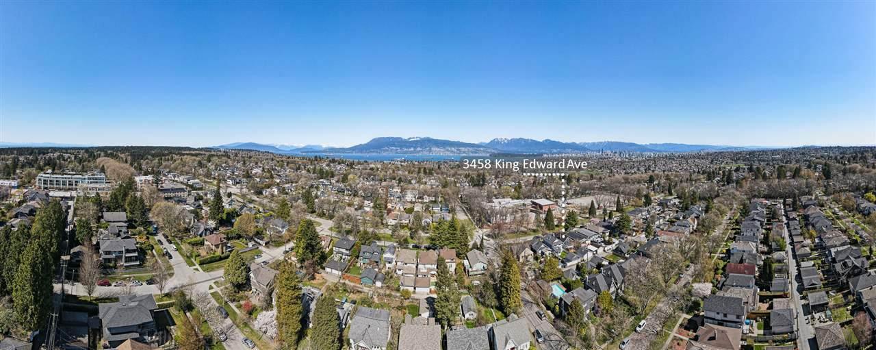 3458 King Edward Avenue - Photo 1