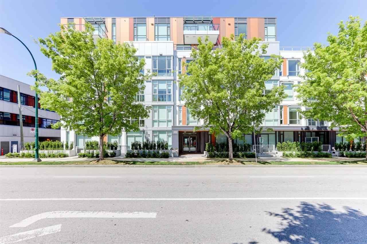 469 King Edward Avenue - Photo 1